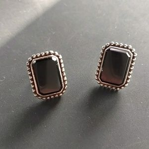 Vintage sterling onyx or obsidian earrings